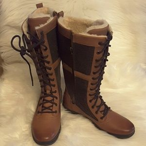 Uggs laced up real fur and leather